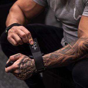 Man wearing rappd power grip